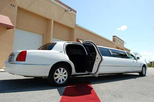 lincoln stretch limousine Lochearn